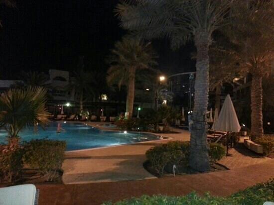 The Diplomat Radisson Blu Hotel, Residence & Spa: فندق الدوبلمات