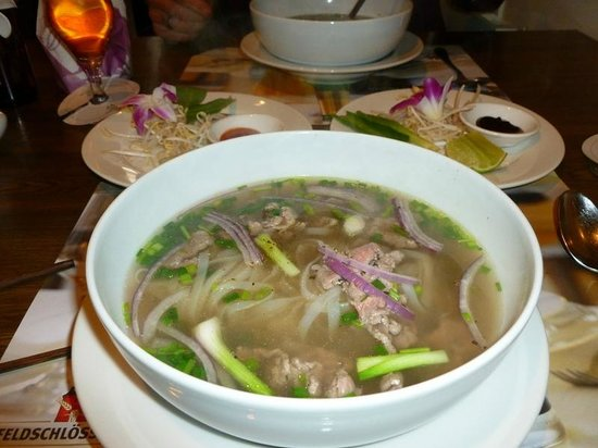 SaiGon Moon: The Pho Bo with bean sprouts, herbs, peppers etc