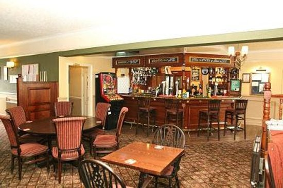 The Bell Hotel: Bell Lounge/Bar