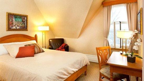 Hotel Chateau Bellevue: Bellevue room