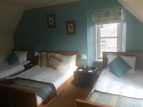 Argyle Guest House: Compfy spacious bedroom