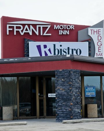 Frantz Motor Inn: The Frantz Inn in Steinbach Manitoba. Home of R-bistro and The Edge