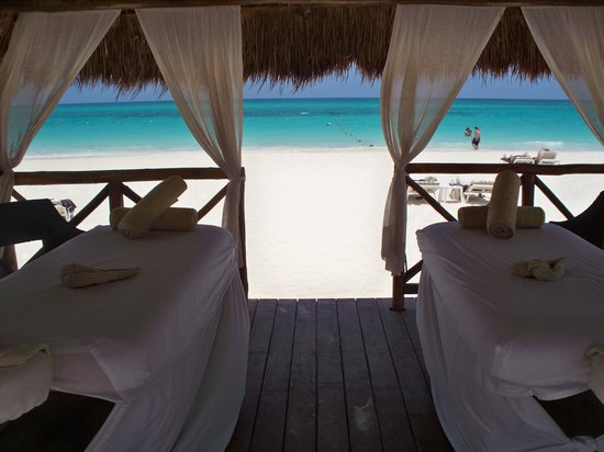 Secrets Maroma Beach Riviera Cancun: Massages on Beach