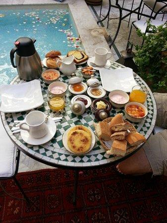 RIad Al Loune: Breakfast