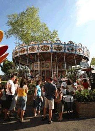 Tivoli World: Más de 40 atracciones