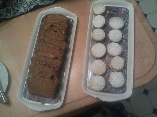 Beech Tree Inn- Brookline: cookies and cakes