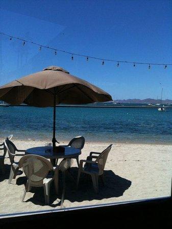 Stella's Cucina Al Forno & Beach Club