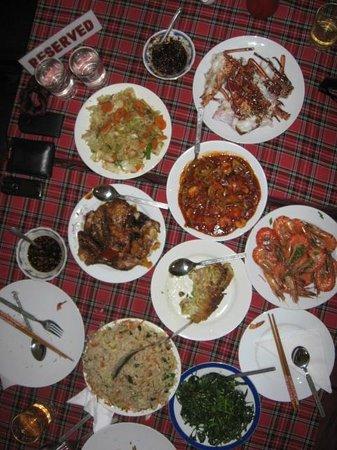 Chinese Globe Restaurant: Food