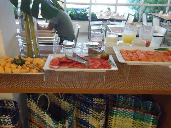 Cartagena Millennium: frutas del desayuno