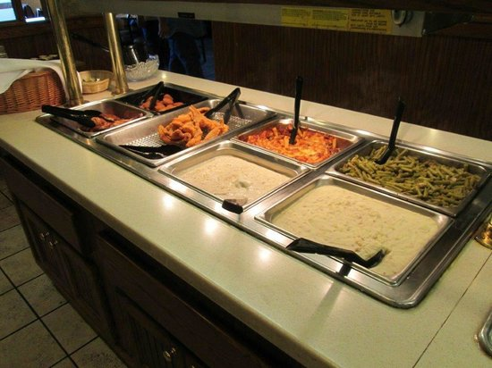 Lunch buffet - Picture of Country Kitchen Restaurant ...