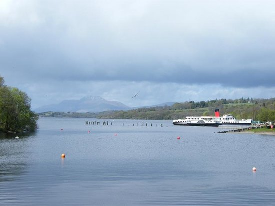 Loch Lomond Shores: views from the centre