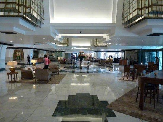 Hyatt Regency Delhi: lobby