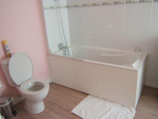L'esperance Deauville : Great bath