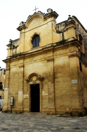 Chiesa Greca B&B Suites : Piazzetta Chiesa Greca