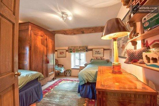 Court-Y-Grove B&B: Bedroom