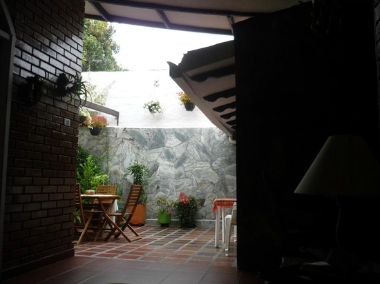 Hostal Ruta Sur: Patio Recreativo
