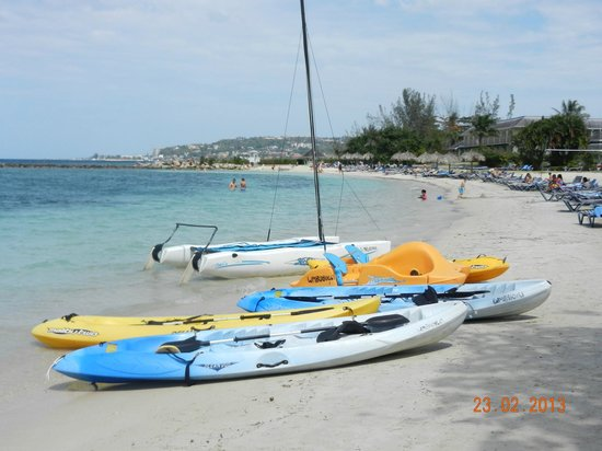 Sunscape Splash Montego Bay: some of the boats you can take out for free