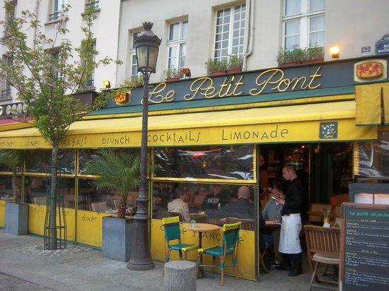 Cafe Le Petit Pont: Le Petit Pont