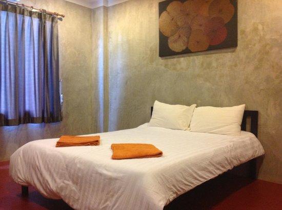 Fabb Hotel: เตียงนอน