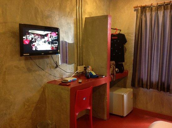 Fabb Hotel: จอLCD