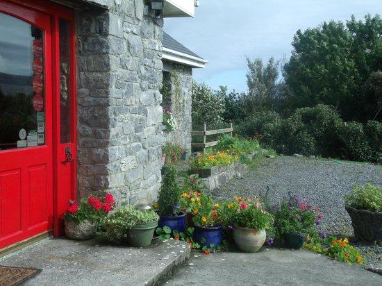 Cappabhaile House: exterior