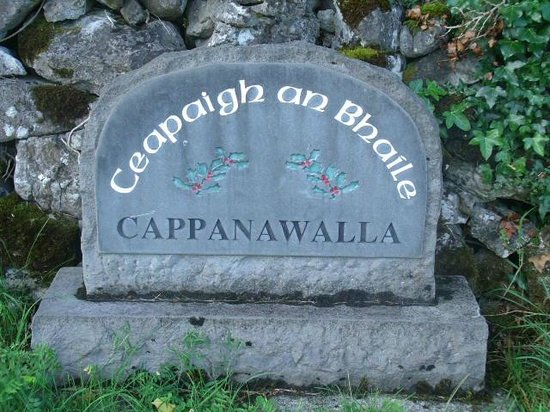 Cappabhaile House: community signage with name