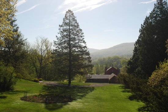 The Storm King Lodge: view from back deck