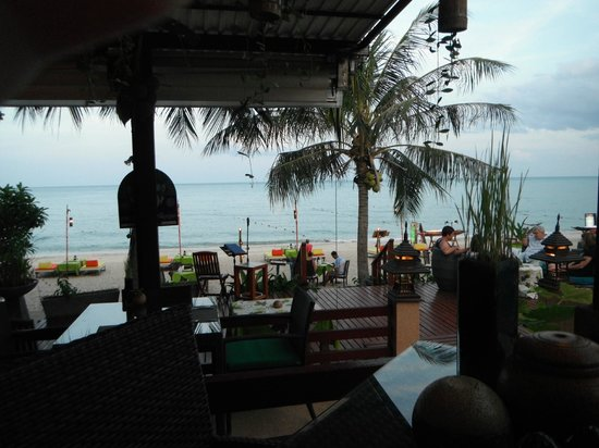 Samui Jasmine Resort: View from the restaurant - YUM food!