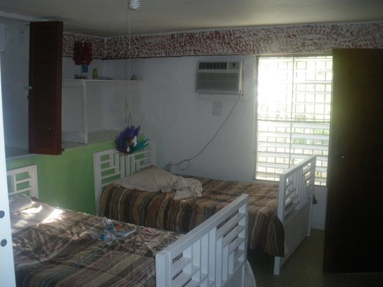 Culebra International Hostel: A view of the four bed dorm