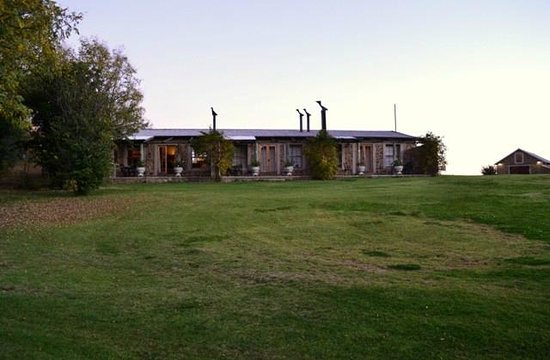 Wetlands Country House and Sheds: Rooms seperate from the main house - view over wetlands