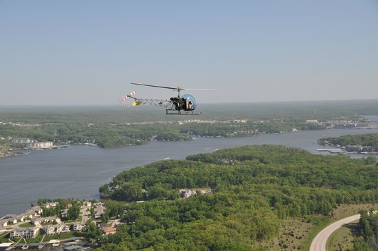 Lake Ozark Helicopters Bell 4