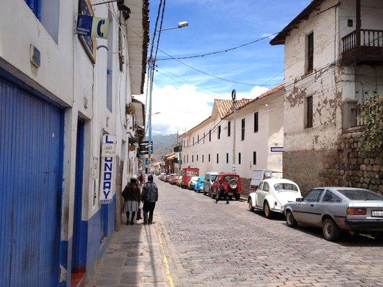 Casa de Mama Cusco: Calle Choquechaca near Casa de Mama