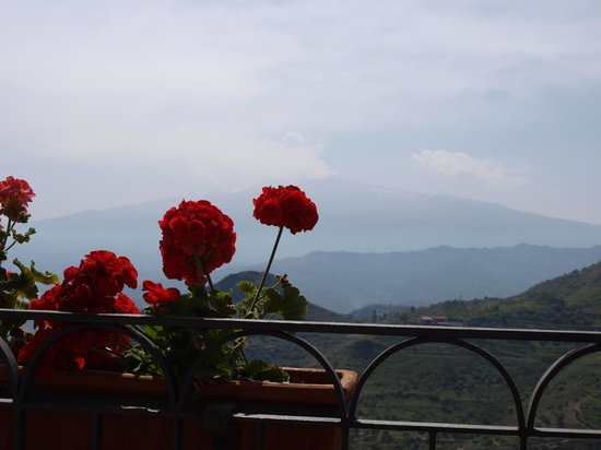 La Taverna dell' Etna: The view of Etna, a little obscure in this photo
