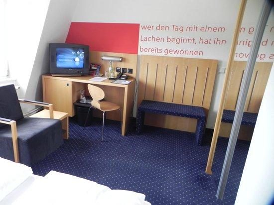 Hotel DER ACHTERMANN: Zimmer 405