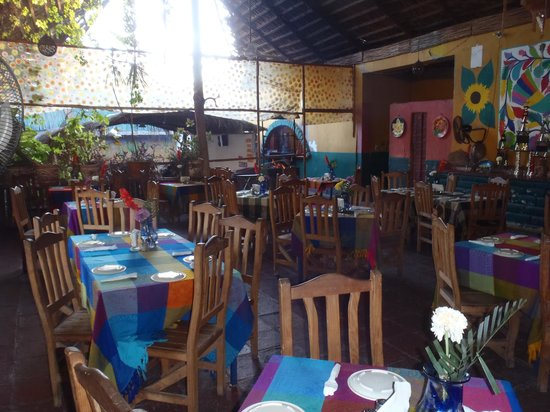 Tio Lupe: Inside of restaurant