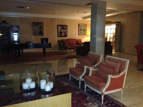 Hotel Carlos I Silgar: Salon de abajo