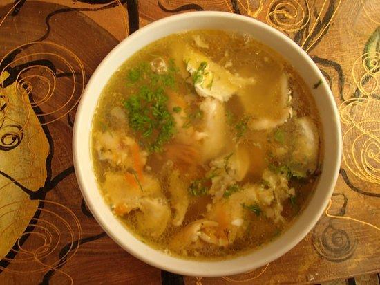 Bar Jacobsen : Bardzo smaczna zupa rybna na rosole za 10 zł - gorąca i pożywna