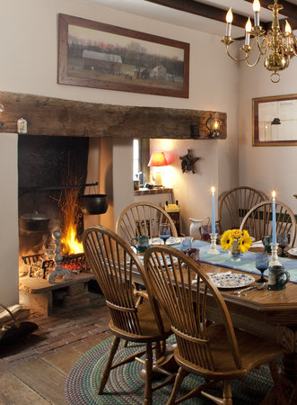 Country Hearth Bed and Breakfast : Dining Room