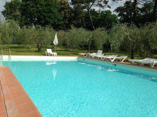Villa Nottola: la piscina