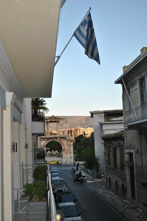 AVA Hotel Athens: view of temple of zeus from our balcony