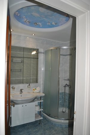 AVA Hotel Athens: beautiful bathroom