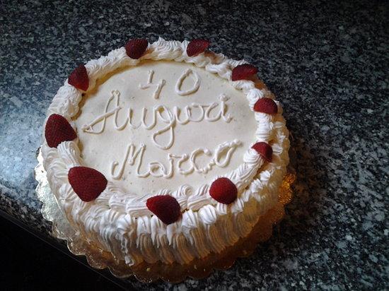 La Malga Osteria : torta chantilly  con le fragole