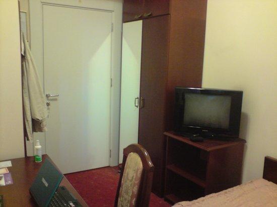 Hotel Palace: room 216