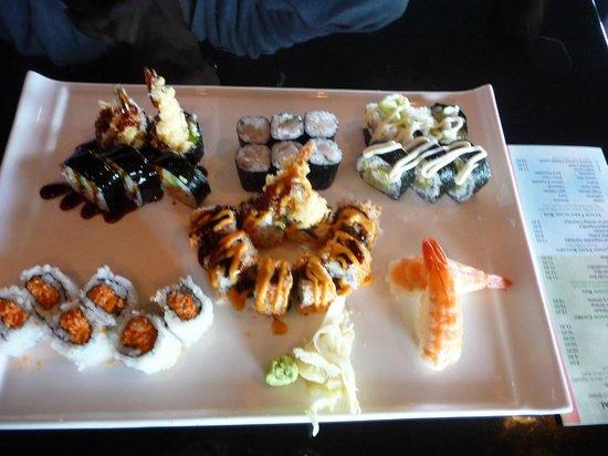 Osaka sushi & hibachi: Discounted menu during the week AND happy hour too!