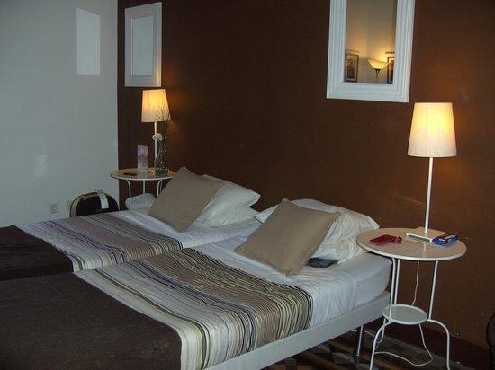 Casa Maca Guest House: Onze bedden in kamer 4