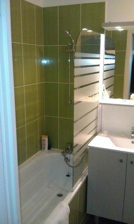 All Suites Appart Hotel Dunkerque : Salle de bain