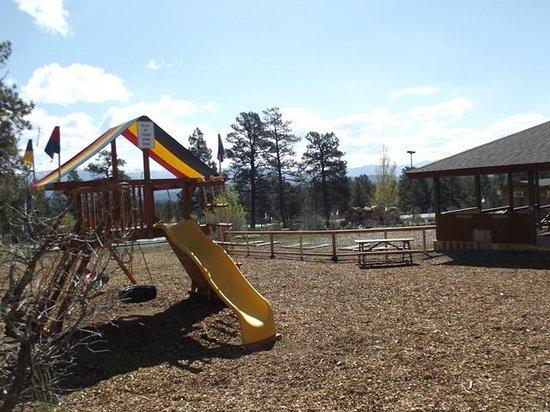 Bogey Q: Playground.