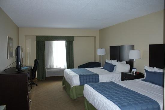 Best Western Plus Waynesboro Inn & Suites Conference Center: hotelkamer