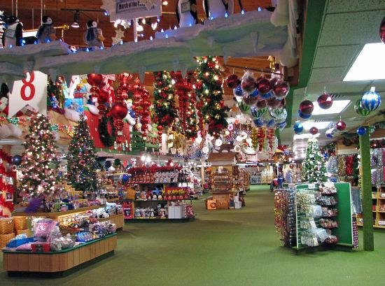 Bonners Christmas Store - Picture of Bronner's Christmas ...