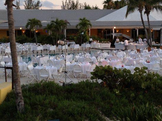 Tous les soirs coucher de soleil picture of club med for Club piscine soleil chicoutimi